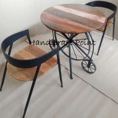 one wheel table with arm chair